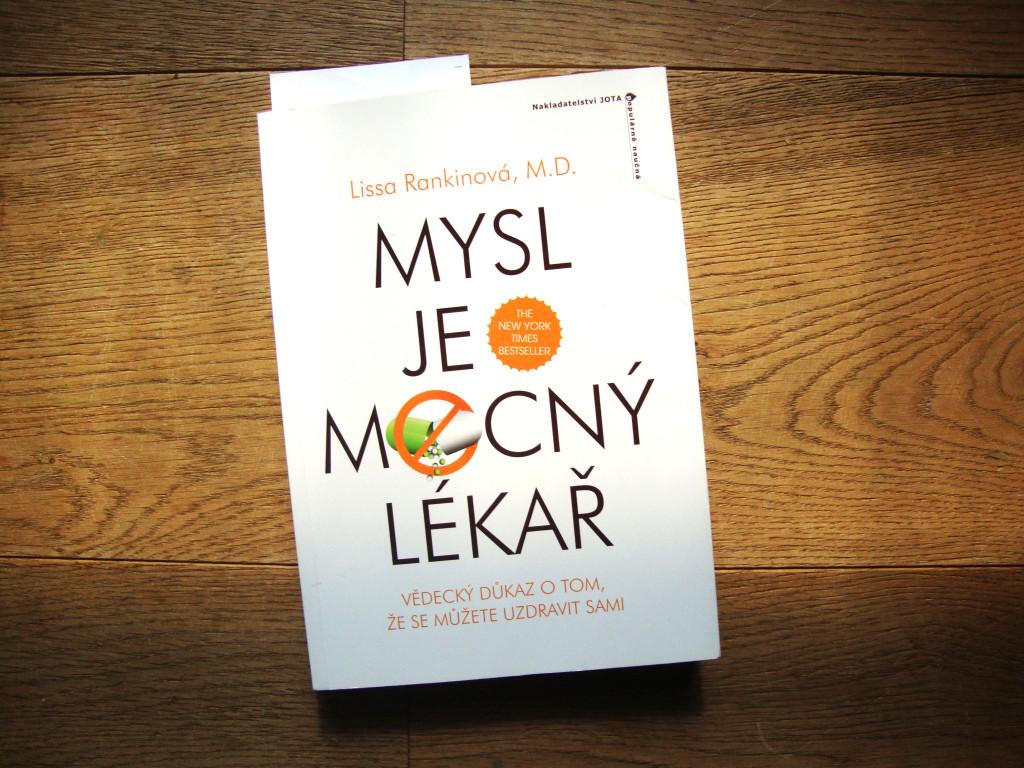 kniha_mysl_je_mocny_lekar_1