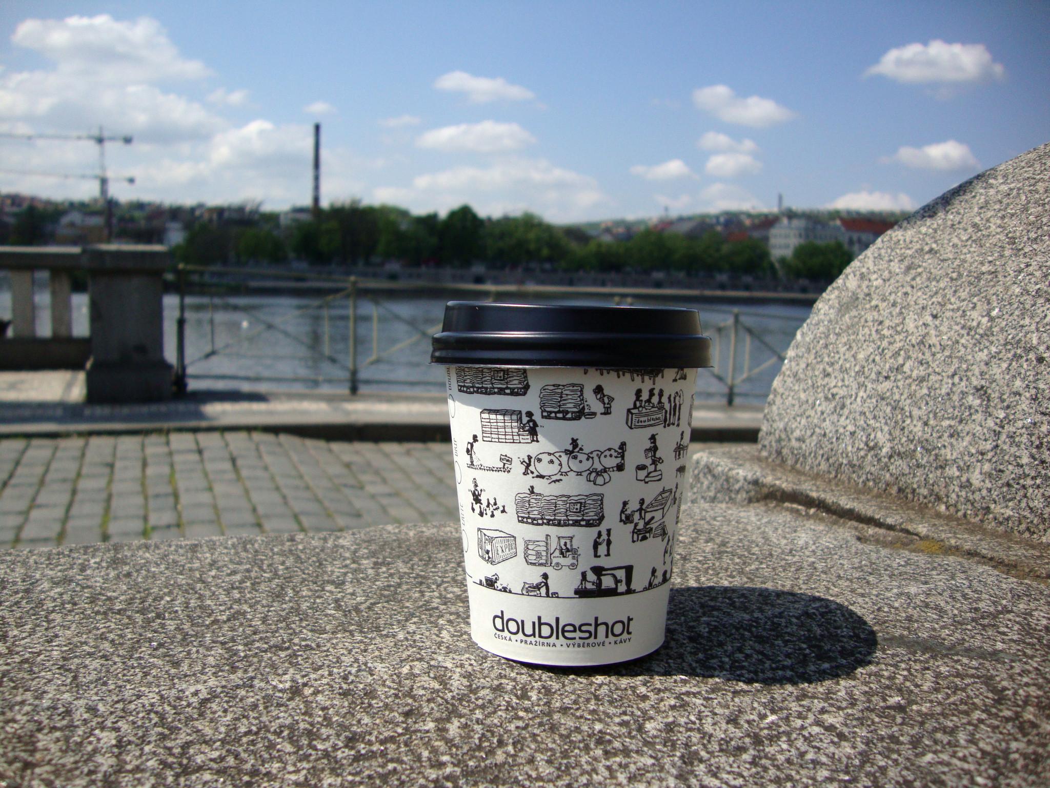 HERBIVORE_kafe_s_sebou