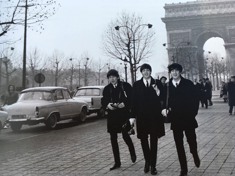 beatles_kniha_thebeatlesbook_paris_detail